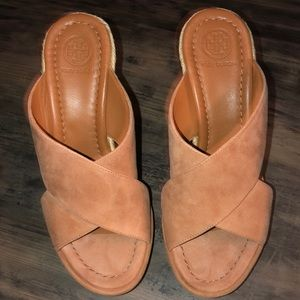 New Tory Burch tan suede wedges 6.5